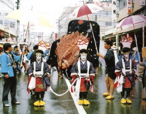 麻績神社獅子舞