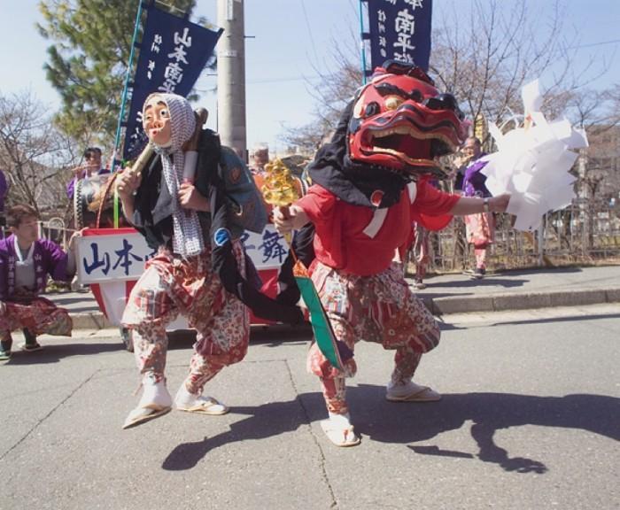 デジタルカメラ部門賞「祭りの道化師」