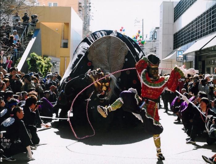 飯田市長賞「大門口の舞」